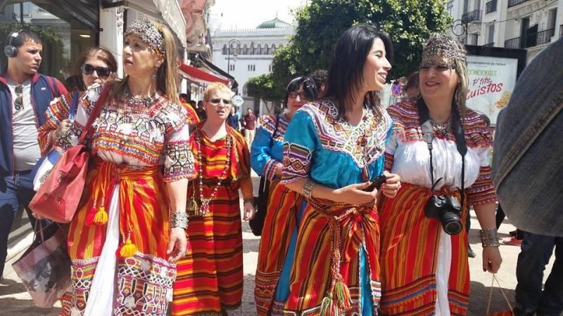Intalnirea cu Kabyle Woman in Algeria